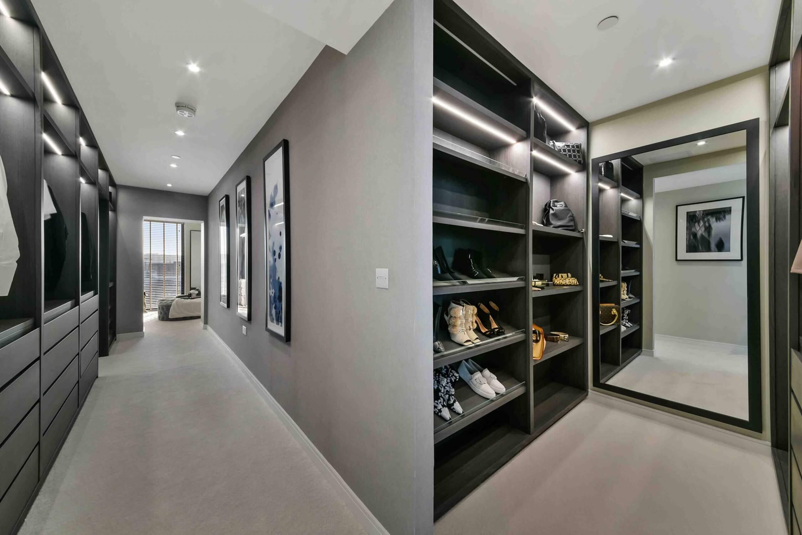 CALLIS YARD penthouse closet area